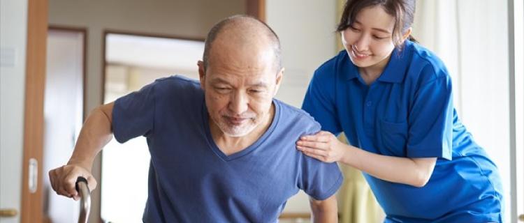 訪問介護(ホームヘルパー)のお給料や仕事