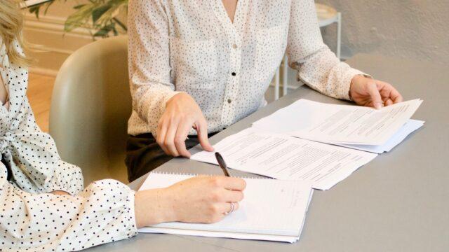 【ケース別】介護支援専門員の平均給料|給料アップするための方法
